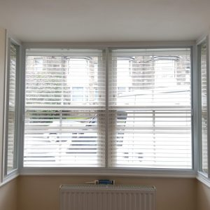 square-bay-integral-blinds