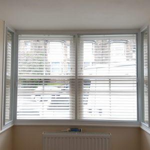 square-bay-integral-blinds